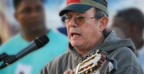 Silvio Rodríguez durante uno de sus conciertos en Cuba.