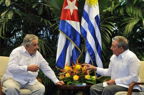 Pepe Mujica y Rául Castro