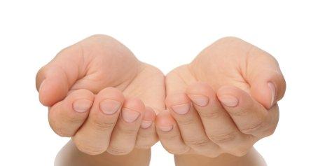 manos-tensionadas
