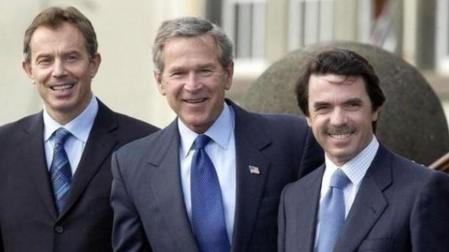 BLAIR, BUSH Y AZNAR EN SU ROMANCE CONTRA IRAK