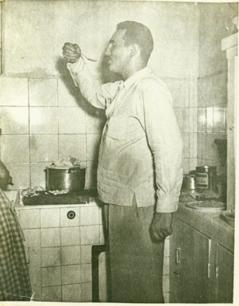 La foto tomada por un fotógrafo aficionado en la casa de Gildo Fleitas, pocas semanas antes del asalto al Moncada.