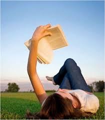 toledo-lectora-sobre-la-hierba
