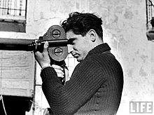 robert-capa-by-gerdataro