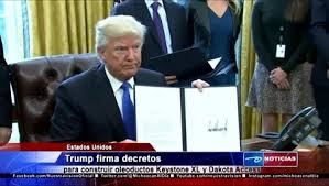 trump-firma-decretos-oleoductos