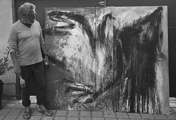 Alberto Lescay, en pleno proceso de creación.