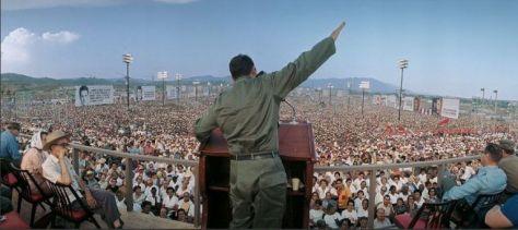 Fidel-el-26-de-julio-de-1967-en-Santiago-de-Cuba-768x342