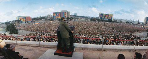 lockwood-fidel-crowds.jpg-TRiunfo-de-la-Revolución-1968-Año-dle-Guerrillero-Heroico-768x312
