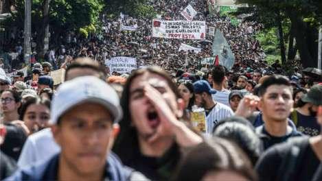 PROTESTAS CONTRA DUQUE